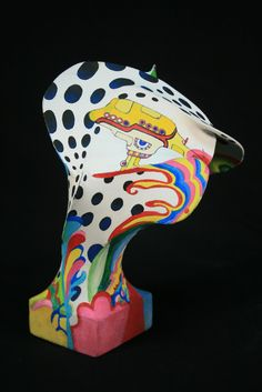 Art - The assignment: A wire panty-hose sculpture inspired by an artist. What better artist than the Art Director for the film Yellow Submarine. Classroom Art Projects, Cool Art Projects, Art Classroom, 3d Projects, Project Ideas, Sculpture Projects, Sculpture Art, Wire Sculptures, Sculpture Ideas