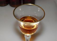 Oolong Tea Liqueur. Very easy to make with the delicate taste of sweet tea.