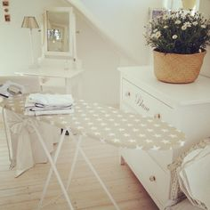 Stars Cleaning White Sheets, Laundry Room, Ikea, Sweet Home, Lovely Things, Table, Passion, Furniture, Home Decor
