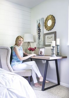 I Love The Concept Of Having A Desk In Bedroom And This Particular Master Redo Use Mirror Worldmarkettribe Ad