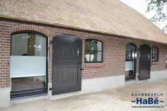 Zwartebroek Granny Flat, Bungalow, Beautiful Homes, Garage Doors, Villa, Barn, Farmhouse, Windows, Studio