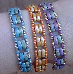 You'll be reminded of time spent watching the sun rise when you wear the Sunrise Cali Band! The bracelet project uses beads in an assortment of bold hues and a wide range of shapes and sizes. This project is simply brimming with mesmerizing details, too. #beadedjewelry