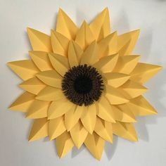 This is a PDF template for the Sunflower. This is a beautiful flower to add to your paper flower arrangement. The diameter is approximately 16 inches. You can use any color you like. Paper center sold separately. Base PDF included with purchase. Print on 8.5 x 11 size paper for best