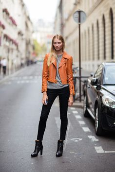 #VikaFalileeva looking brilliant (love that orange moto) #offduty in Paris.