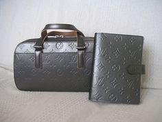 Louis Vuitton Shelton & Planner.