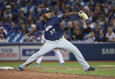 #MLB: Neftalí Féliz logra su 5to salvamento en triunfo de Cerveceros ante Cachorros