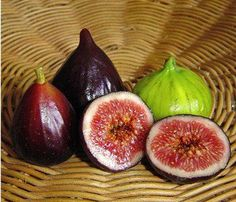 Foods for your body to produce more testosterone, a hormone which plays a vital role in a man's health and sexuality. Avoid impotence with foods that increase the production of Testosterone. Healthy Liver, Healthy Eating Tips, Healthy Recipes, Healthy Foods, Dried Figs, Fresh Figs, Increase Testosterone Levels, Fig Fruit, Natural Testosterone