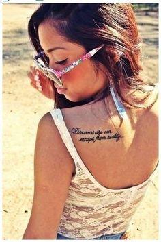 Scritte tatuaggi: frasi in corsivo da copiare (Foto 27/40)   Donna