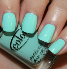 no matter how much i think i am over the phase, i am realizing it's not a phase. i still can't get enough aqua/turquoise/mint/seafoam...etc hued polishes. i want this! blue-ming by color club. photo credit: favorite nail polish blogger, vampy varnish