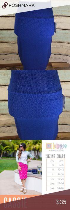 LuLaRoe Cassie pencil skirt size xs. LuLaRoe Cassie pencil skirt size xs.   95% polyester 5% spandex LuLaRoe Skirts