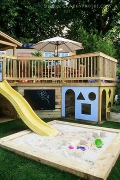 Makes me wish we had a deck instead of a patio! Two tier Deck with Children's Play Area. Make use of the space below your deck! Kids Play Area, Play Areas, Kids Fun, Play Spaces, Kid Spaces, Space Kids, Big Kids, Kids Room, Kids Outdoor Spaces