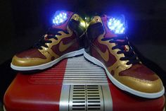 These dazzling Dunks are the creation of Singapore's More Than Art To Wear! How awesome are they?!
