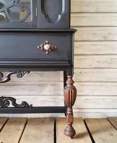 Step-by-Step Guide, Antique China Cabinet Makeover! Blue China Cabinet, Vintage China Cabinets, Painted China Cabinets, Antique Hutch, Antique Cabinets, Paint Furniture, Furniture Makeover, Reuse Furniture, Black Furniture