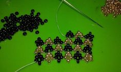 Hubble stitch .... try to learn the new stitch! ~ Seed Bead Tutorials