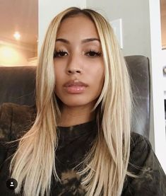 Online Shop Ombre hair color sew in human hair bundles and closure and frontal for brunettes colored hair for black off promotion factory cheap price,DHL worldwide shipping, store coupon available. Big Chop, Ombré Hair, Blonde Hair, Wig Hairstyles, Pretty Hairstyles, Blonde Weave Hairstyles, Black Hairstyles, Hairstyle Ideas, Loose Waves Hair