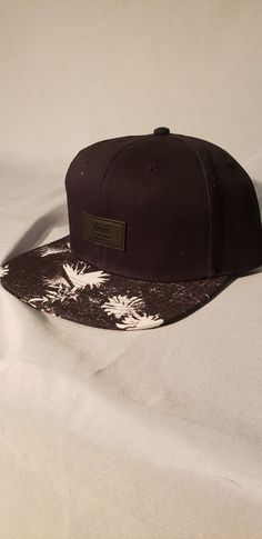 ef30edea114 BNWT black Vans Hat Snapback all over it  fashion  clothing  shoes   accessories. Vans HatsBaseball ...