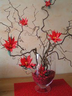 Bouquet fait avec des fleurs en twistart.