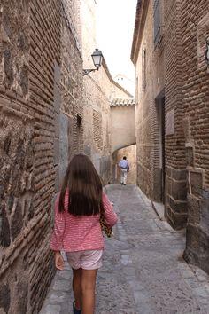 Perdiéndome en el laberinto de calles en Toledo