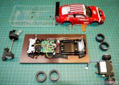 Carrera Digital 124 – PORSCHE GT3 RSR, BMS SCUDERIA ITALIA (23770) - Porsche GT3 SRS BMS zerlegt Slotracing