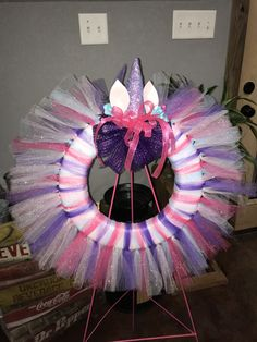 Madi's Unicorn wreath Wreath Ideas, Diy Wreath, Children Crafts, Crafts For Kids, Tulle Crafts, Homemade Wreaths, 6th Birthday Parties, 4th Of July Wreath, Unicorn
