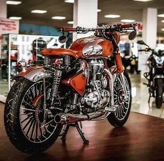 New Photo Style, Royal Enfield Wallpapers, Royal Enfield India, Bullet Bike Royal Enfield, Royal Enfield Modified, Enfield Bike, Enfield Classic, Black Clover Anime, Motorcycle Design
