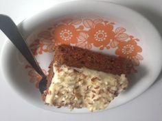 Gluteeniton porkkanakakku