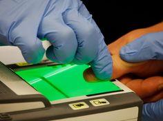 Jetzt lesen:  https://ift.tt/2pQ1Fvb Biometrische Datenbanken: Studie deckt schwere Mängel auf