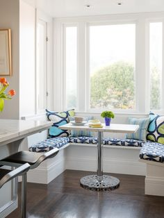Beach House | Coastal Colors | Fabric Upholstery | Built-in Bench | Banquette Seating | Breakfast Nook | Interior Design