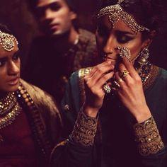 conseils pratiques de mode comment porter des bijoux indiens damrique du sud indien - Bijoux De Tete Mariage Oriental