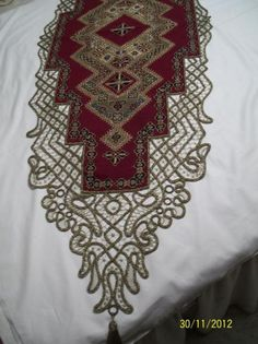 Types Of Embroidery, Cross Stitch Embroidery, Cross Stitch Borders, Cross Stitch Patterns, Irish Crochet, Crochet Lace, Romanian Lace, Vintage Romance, Point Lace