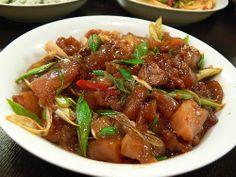 sauteed beef tendon with leek #Taiwanese cuisine 蒜苗牛筋