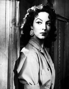 Maria Felix, en uno de sus muchos papeles en la epoca de oro del cine mexicano.