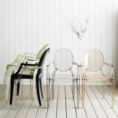 The Louis Ghost Chair by Philippe Starck for Kartell. Louis Ghost is the most daring example of polycarbonate injection in a single mould and these chairs offer lots of support and surprising comfort. A cult product and an interpretation of the Louis XV c Chaise Ghost, Ghost Chairs, Design Furniture, Home Furniture, Modern Furniture, Modern Chairs, Funky Chairs, Italian Furniture, Kitchen Furniture
