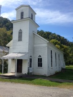 Shiloh Baptist Church  	  	Historic Church established in 1878. Church was built specifically for African Americans. [Businesses - Churches > Baptist] [Tourism - > History]