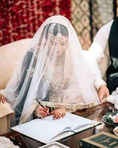 Best Wedding Photographers - Photographers in Pakistan - Pack Cheers Bridal Poses, Bridal Photoshoot, Wedding Poses, Wedding Couples, Pakistani Wedding Outfits, Bridal Outfits, Bridal Hijab, Nikkah Dress, Pakistan Wedding