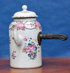 18th C Antique Chinese Famille rose export porcelain Coffee Pot