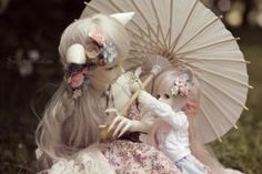 Soom Dia (mine) Soom Necy (sherimi's)Mom, smell this! by Sarqq on DeviantArt Doll Wigs, Bjd Dolls, Enchanted Doll, Art Moderne, Magical Creatures, Fantasy Artwork, Ball Jointed Dolls, Little People, Online Art Gallery