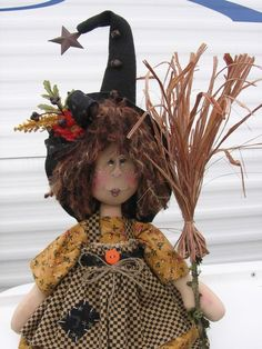 Pickled Faced Witch E pattern Elf Christmas Decorations, Halloween Ornaments, Christmas Elf, Holidays Halloween, Christmas Swags, Halloween Quilts, Halloween Doll, Halloween Crafts, Halloween Witches