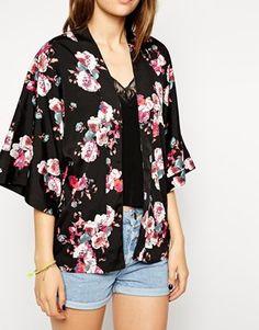 Dark floral kimono. Perfect for fall!