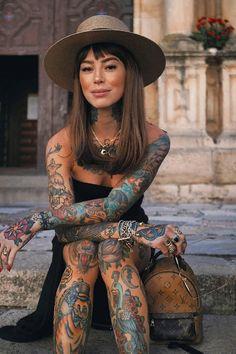 88 Alluring Sexy Tattoo Designs & Tattoo Placement Ideas For Waman Hot Tattoos, Girl Tattoos, Tattoos For Women, Tattoos Skull, Tattoo Ink, Black Tattoos, Sleeve Tattoos, Tattoo Model Mann, Tattoed Women