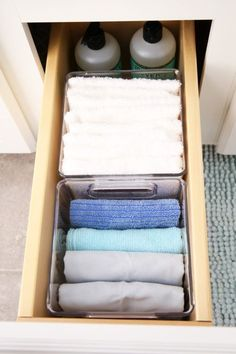 Guest Bathroom Refresh and Organization with InterDesign is part of Bathroom Organization Drawers - Don't miss our guest bathroom refresh and organization! You can totally transform and organize your bathroom space in just a quick weekend! Bathroom Vanity Drawers, Bathroom Vanity Decor, Bathroom Kids, Budget Bathroom, Simple Bathroom, Bathroom Hacks, Master Bathroom, Bathroom Cabinets, Organize Bathroom Drawers
