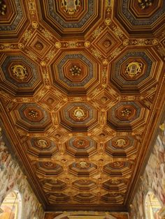 Chateau Fontainebleau ballroom ceiling
