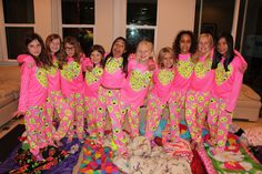 Best Ever BFF Sleepover  Alyssa hosted her first HUGE sleepover!  We took the girls to Justice--the go-to for tween fashion (shop here: http://clvr.li/1GlCbpk ), then headed back home and had a big surprise waiting for us! We want to thank Justice for sponsoring this video.  Don't forget to enter the Justice Wishes Sweepstakes!   Family Fun Pack was selected for this opportunity as a member of Clever Girls and the content and opinions expressed in this video are our own.  Th
