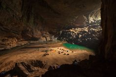 Hang En's Magical Campground The worlds largest cave in Phong Nha Ke Bang National Park - Vietnam Beautiful World, Beautiful Places, Vietnam Travel Guide, Asia Travel, Beautiful Vietnam, Thing 1, Rare Images, Camping World, Adventure Is Out There
