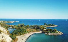 Toronto is a city filled with beautiful spots from the Islands to the Bluffs and many places in between. Scarborough Bluffs, Types Of Bricks, Moore Park, Most Beautiful, Beautiful Places, Brick Works, Toronto Ontario Canada, Great Lakes, Landscape Photos