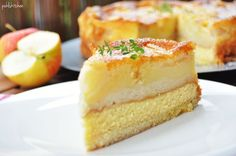 Swabian APPLE CAKE with shortcrust pastry and sponge cake base and creamy marzipan semolina filling Apple Pie Recipes, Low Carb Recipes, Cake Recipes, Dessert Recipes, Desserts, Shortcrust Pastry, Healthy Cake, Baked Pumpkin, Fresh Fruits And Vegetables