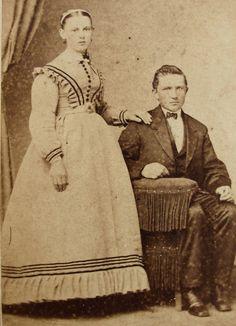 ANTIQUE  CIVIL WAR ERA CDV PHOTO OF A YOUNG MAN & EXPECTANT WIFE LANCASTER PA