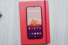 OnePlus 7 Price,Specification, Features, Release Date.The name of the smartphone is OnePlus whose pictures and features are leaked online. The latest report has revealed that the OnePlus 7 will have a DSLR like a camera. Electronic Deals, All Smartphones, Latest Gadgets, Android, Display, Iphone, Dan, Pictures, Floor Space
