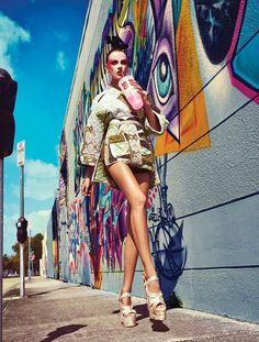 Fotografia de Moda   Editoriais   ruas de Miami nesta foto colorida em abril 2013 site: www.fashionmagazi ...