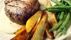Pihvit ja konjakkikastike - Yhteishyvä Beef Dishes, Pork Recipes, Koti, Steak, Food And Drink, Turkey, Dinner, Recipes